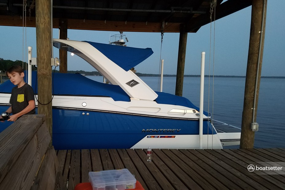 Rent a MONTEREY BOATS bow rider in Elkton, FL near me