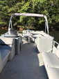 26 ft. Encore Bentley Encore Bentley 200 Cruise RE Pontoon Boat Rental Atlanta Image 3