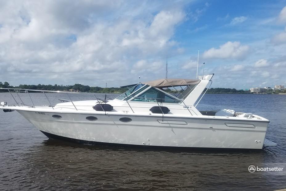 Rent a Tiara Yachts express cruiser in Jacksonville, FL near me