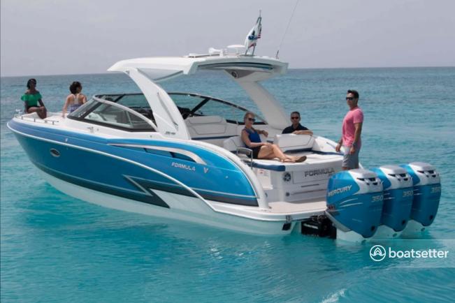 Rent a FORMULA motor yacht in Naples, FL near me