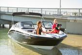 21 ft. Yamaha 210SX Bow Rider Boat Rental Los Angeles Image 15
