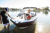 21 ft. Yamaha 210SX Bow Rider Boat Rental Los Angeles Image 14