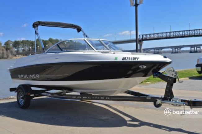 Rent a Bayliner runabout in Oakley, CA near me