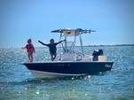 22 ft. Mako Marine 2201 Center Console Boat Rental Fort Myers Image 5