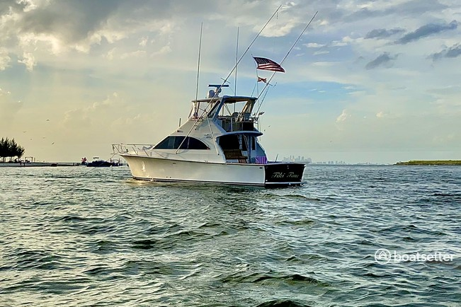 Rent a Ocean Yachts offshore sport fishing in Tampa, FL near me