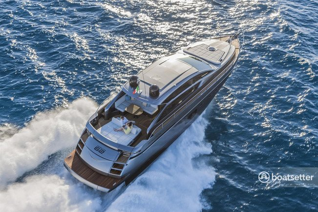 Rent a Pershing motor yacht in Sag Harbor, NY near me