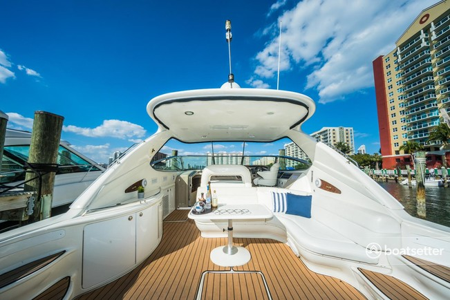 Rent a Sea Ray Boats cruiser in Sunny Isles Beach, FL near me