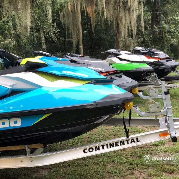 Rent a SEA-DOO jet ski_/_personal_water_craft in Gibsonton, FL near me