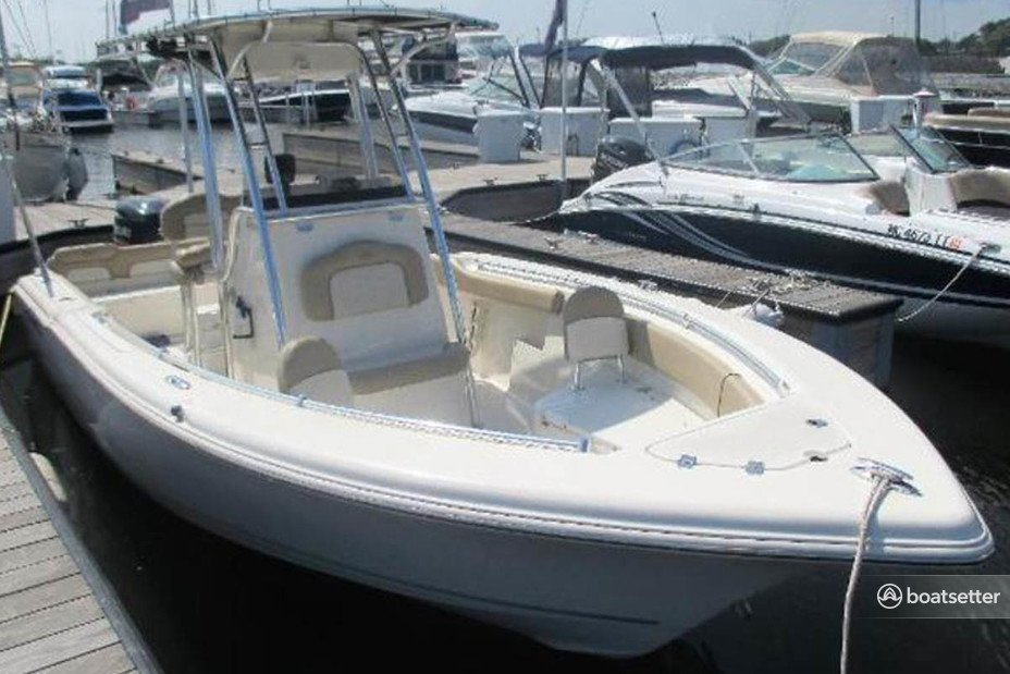 Rent a Key West Boats center console in Chicago, IL near me
