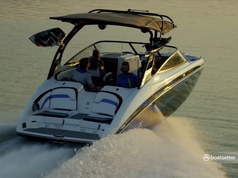 Rent a Yamaha jet boat in Grapevine, TX near me