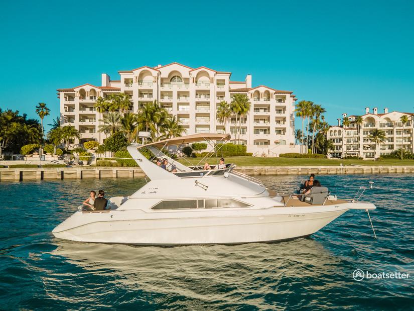 Rent a Sea Ray Boats flybridge in Miami, FL near me