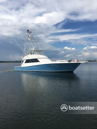 Rent a Viking Yacht offshore sport fishing in Atlantic Highlands, NJ near me