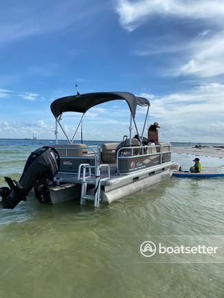 Rent a SUN TRACKER BY TRACKER MARINE pontoon in Clearwater, FL near me