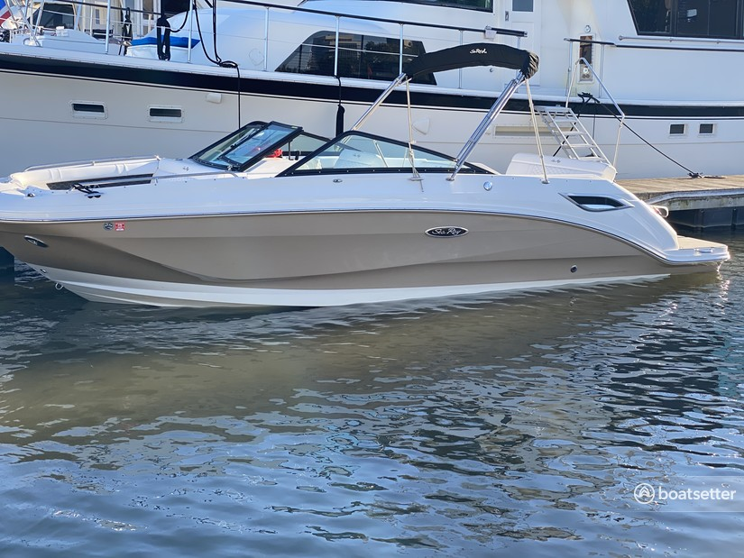 Rent a SEA RAY BOATS deck boat in Tampa, FL near me