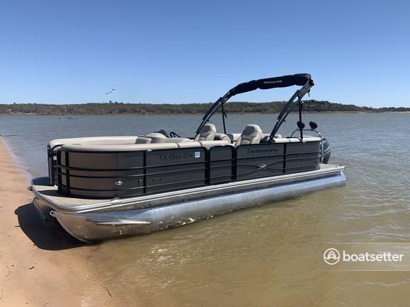 Rent a BERKSHIRE PONTOONS pontoon in Grapevine, TX near me