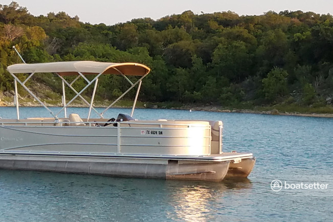 Rent a Cypress Cay pontoon in Canyon Lake, TX near me