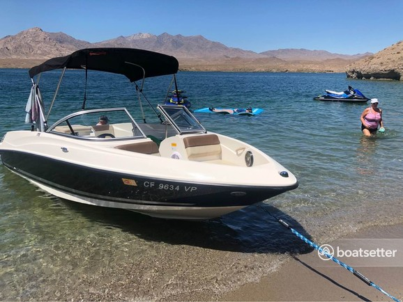 Rent a Bayliner bow rider in Riverside, CA near me