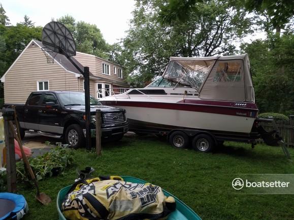 Rent a Wellcraft cuddy cabin in Pittsburgh, PA near me