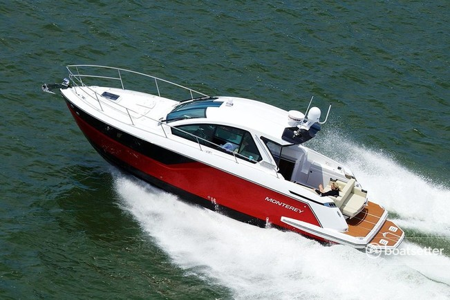 Rent a Monterey Boats cruiser in New York, NY near me