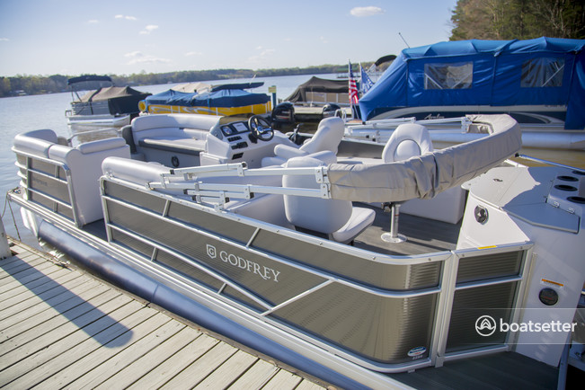 Rent a Godfrey  pontoon in Sherrills Ford, NC near me