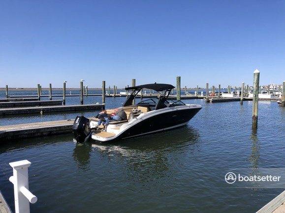 Rent a SEA RAY BOATS bow rider in Margate City, NJ near me