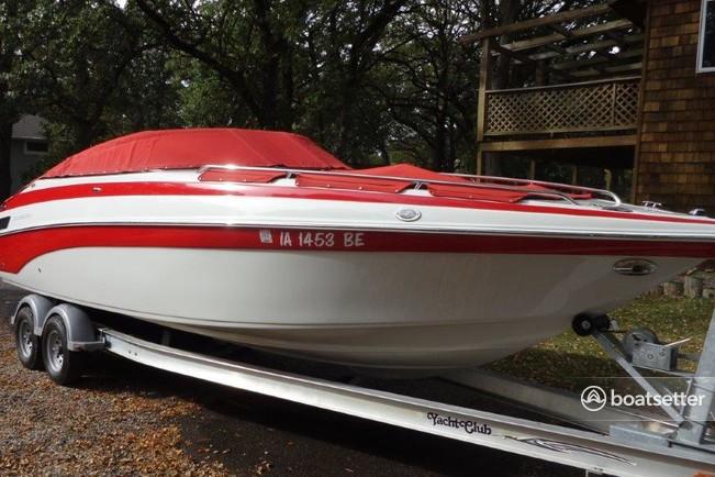 Rent a Crownline Boats bow rider in Arnolds Park, IA near me