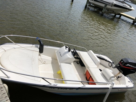 Rent a Boston Whaler runabout in Annapolis, MD near me