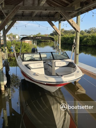Rent a SEA RAY BOATS deck boat in Rockledge, FL near me