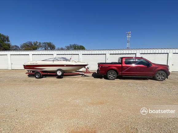 Rent a Glastron Boats bow rider in Lake Dallas, TX near me