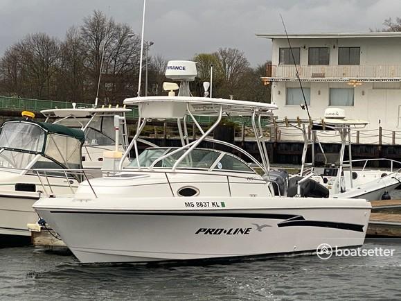 Rent a Pro-Line Boats cruiser in Fairhaven, MA near me