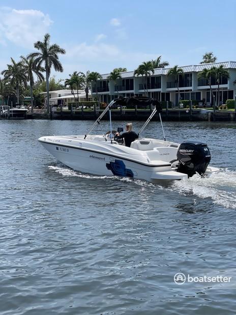 Rent a BAYLINER deck boat in Deerfield Beach, FL near me