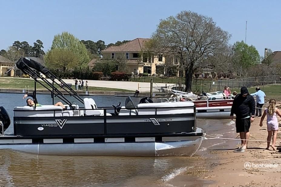 Rent a Misty Harbor pontoon in Montgomery, TX near me