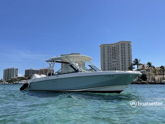 Rent a Boston Whaler dual console in Delray Beach, FL near me