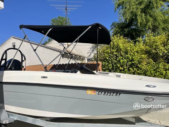 Rent a Bayliner deck boat in La Crescenta-Montrose, CA near me