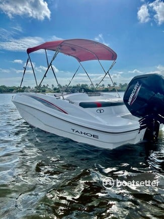 Rent a Tahoe bow rider in Boca Raton, FL near me