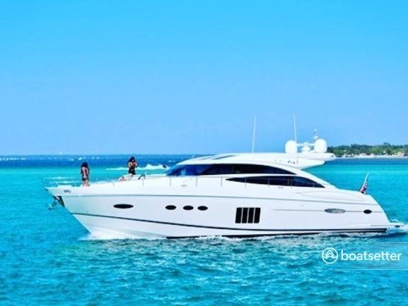 Rent a Princess express cruiser in Destin, FL near me