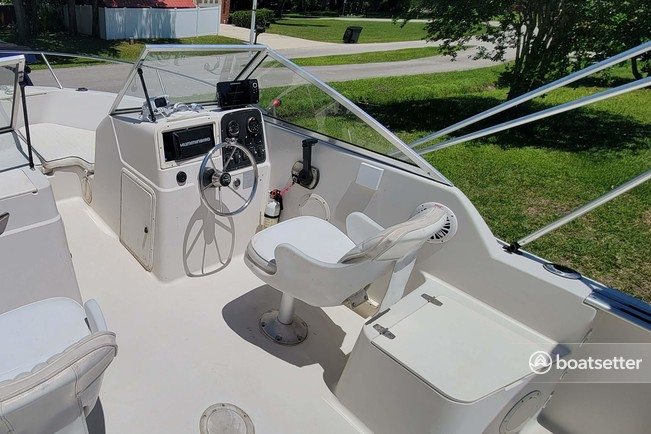 Rent a Pro-line Boats dual console in Jacksonville, FL near me