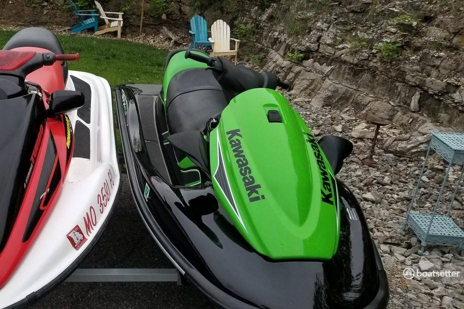 Rent a Kawasaki jet ski_/_personal_water_craft in Branson, MO near me