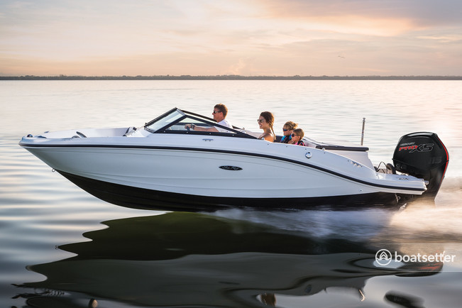 Rent a Sea Ray cruiser in Fort Worth, TX near me