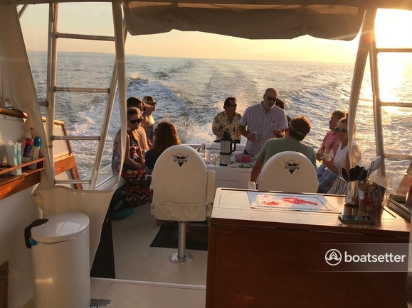 Rent a Henriques Yachts express cruiser in Brooklyn, NY near me