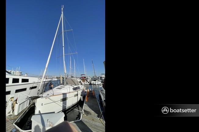 Rent a Beneteau USA cruiser in Marina del Rey, CA near me