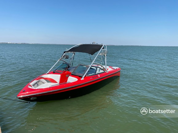 Rent a MOOMBA BY SKIERS CHOICE bow rider in Rockwall, TX near me