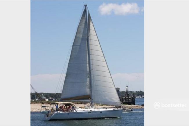 Rent a Beneteau USA sloop in Montauk, NY near me