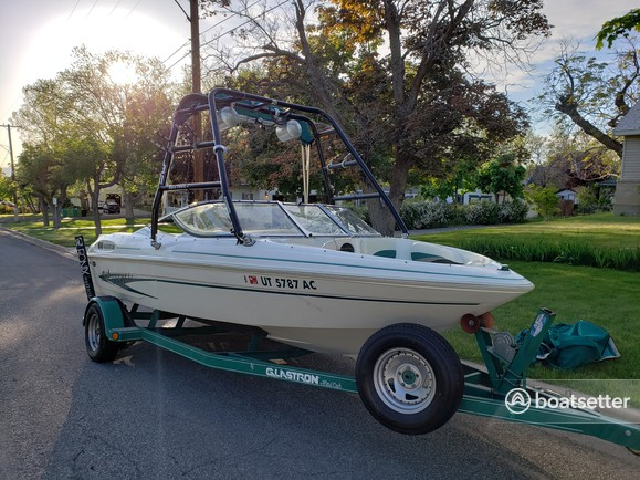 Rent a Glastron Boats ski and wakeboard in Centerville, UT near me