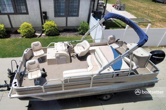 Rent a Cypress Cay pontoon in Sandy, UT near me