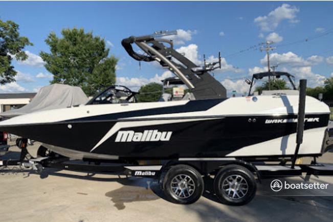 Rent a MALIBU BOATS ski and wakeboard in Lewisville, TX near me