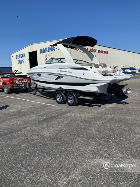 Rent a CROWNLINE BOATS ski and_wakeboard in Harrison charter Township, MI near me