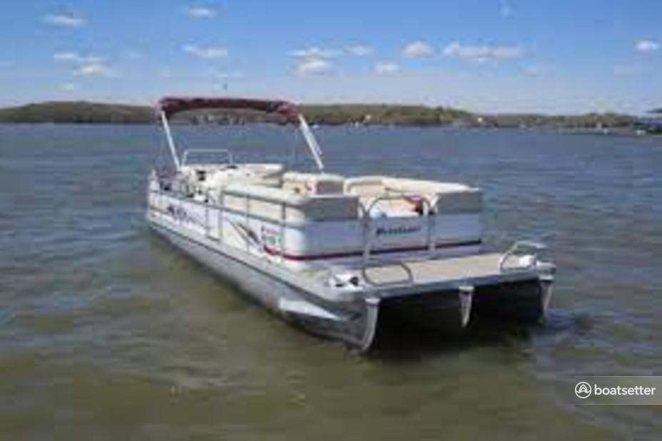 Rent a PlayCraft Boats pontoon in Barnett, MO near me