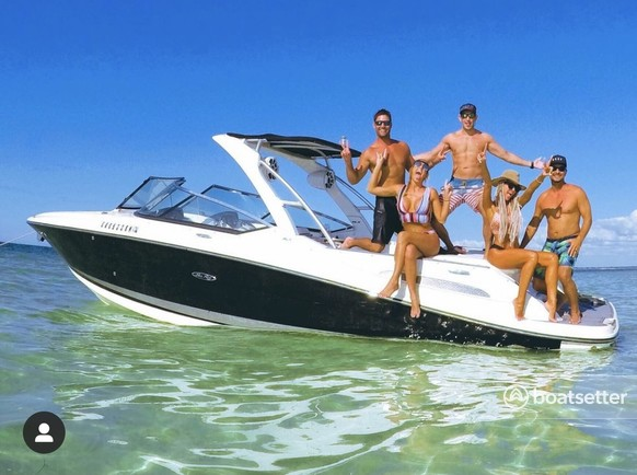 Rent a Sea Ray Boats runabout in Cumming, GA near me