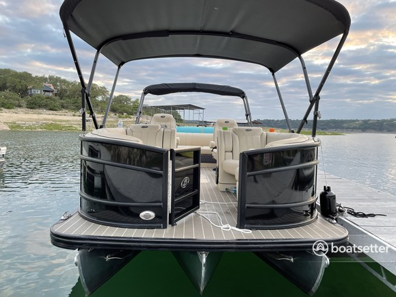 Rent a BARLETTA BOATS pontoon in Leander, TX near me